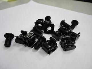 Intellinet 710718 Tornillos y Tuercas para Rack/Gabinete 19'', 20 Piezas