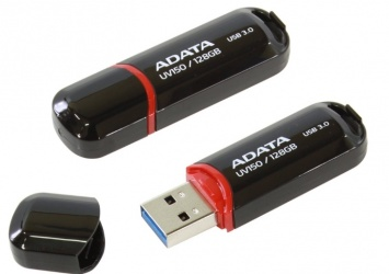 Memoria USB Adata DashDrive UV150, 128GB, USB 3.0, Negro