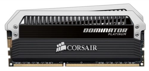 Kit Memoria RAM Corsair Dominator Platinum DDR4, 3000MHz, 16GB (2 x 8GB), Non-ECC, CL15, XMP, 1.35v