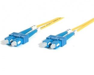 StarTech.com Cable Fibra Óptica Monomodo OS1 SC Macho - SC Macho, 2 Metros, Amarillo