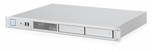Servidor Ubiquiti Networks UAS-XG, Intel Xeon D-1521 2.40GHz, 32GB DDR4, 2x 2TB + 120GB SSD, 3.5'', Rack 1U - no Sistema Operativo Instalado
