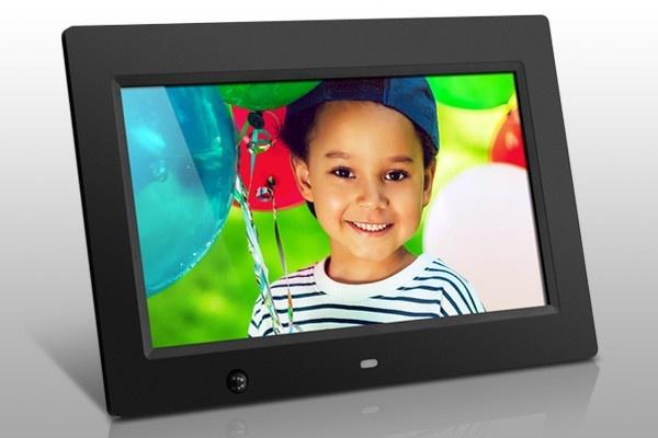 "Marco Digital Aluratek ADMSF310F LCD 10"", 1024 x 600 Pixeles, Negro"