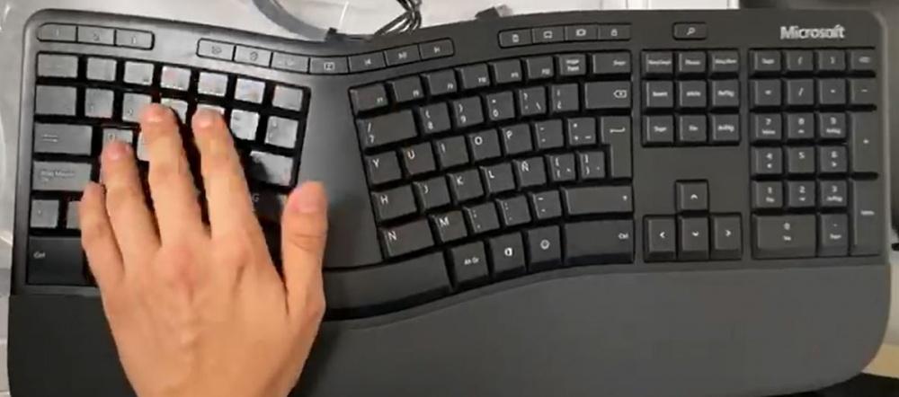 Teclado Ergonómico Microsoft LXN-00003, Alámbrico, USB, Negro (Español)